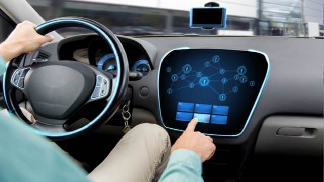 The usage of big data and connected sensors to transform the automotive industry